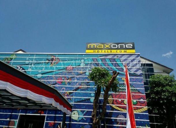 Hotel MaxOne Resort Delia Makassar